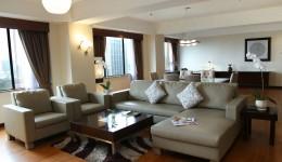 Presidential Suite-Living Room2