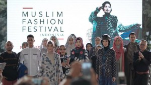 large-menuju-muslim-fashion-festival-2020-1570586479